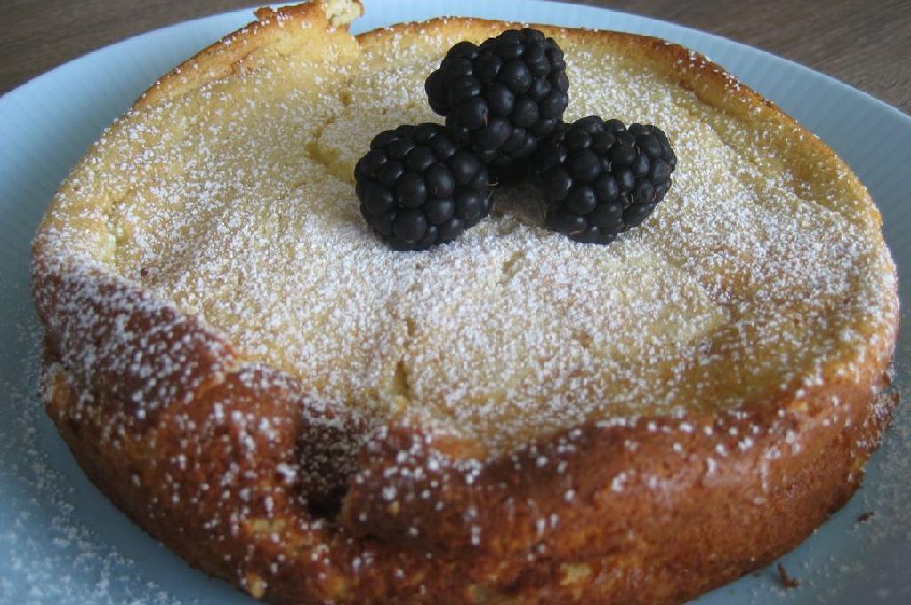 Kek Puding Dibuat Dengan Ricotta Bakar